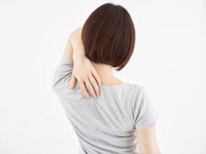 肩甲骨の痛み~シャムの国・タイ古式マッサージ