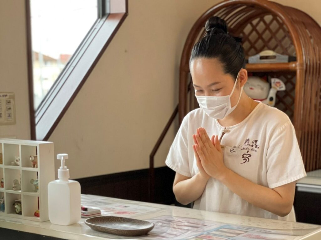 タイ女性のあいさつ「コップン・カー」|茨城県鹿嶋市・神栖市「シャムの国」 マッサージファンに人気!