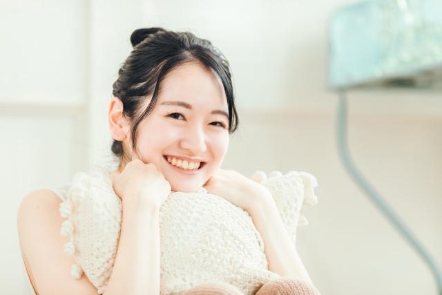ポイントカードがうれしい!女性の笑顔|茨城県鹿嶋市・神栖市「シャムの国」 マッサージファンに人気!